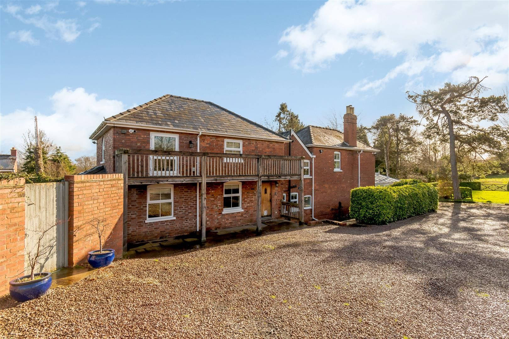 5 bed detached for sale in Burghill  - Property Image 37