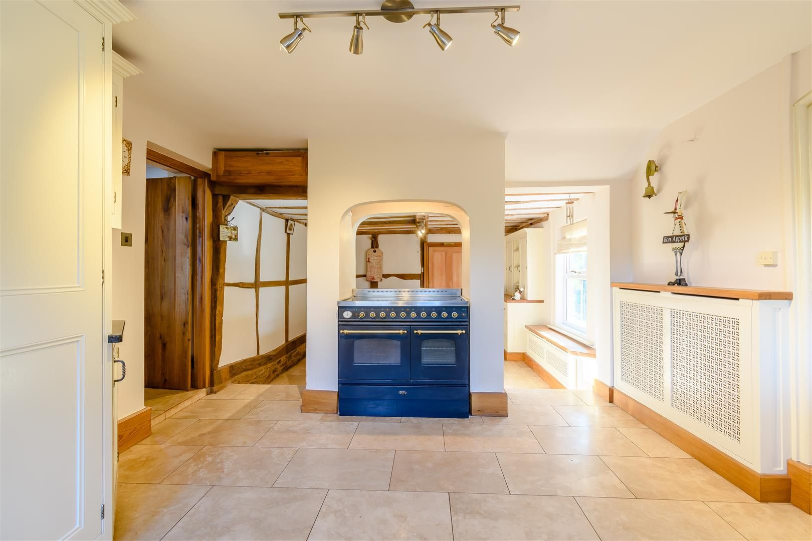 5 bed detached for sale in Burghill 5