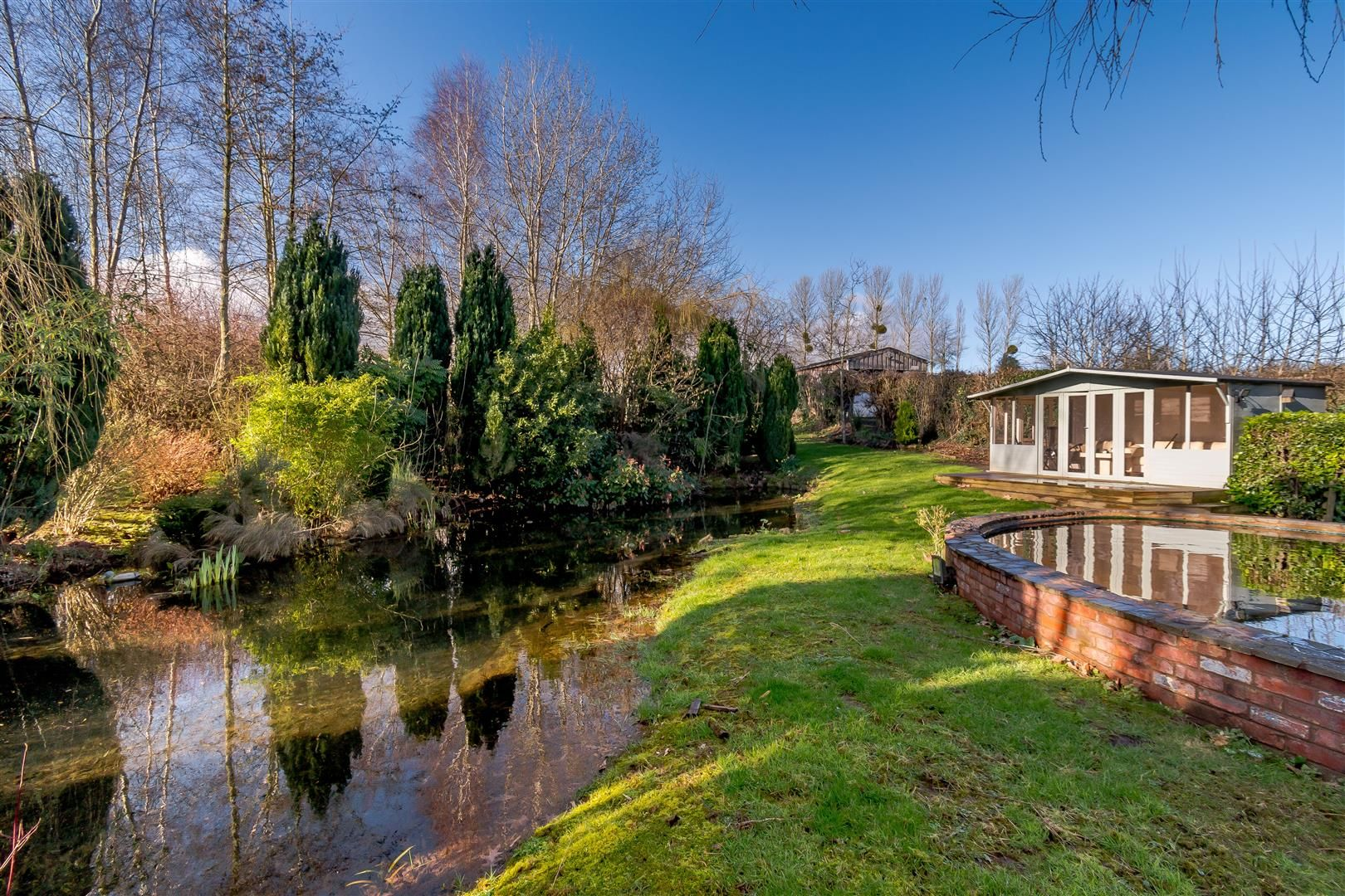 5 bed detached for sale in Burghill 8