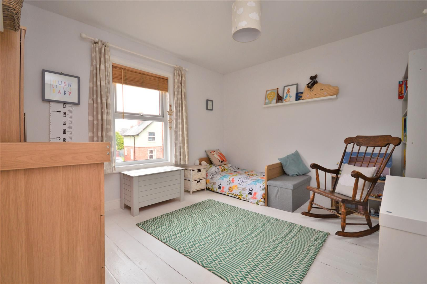 2 bed end-of-terrace for sale 10