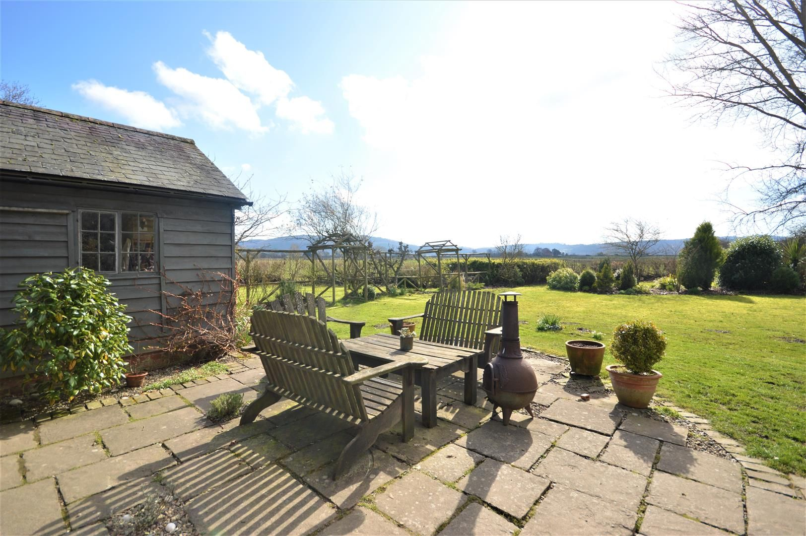 3 bed country house for sale in Stapleton 17