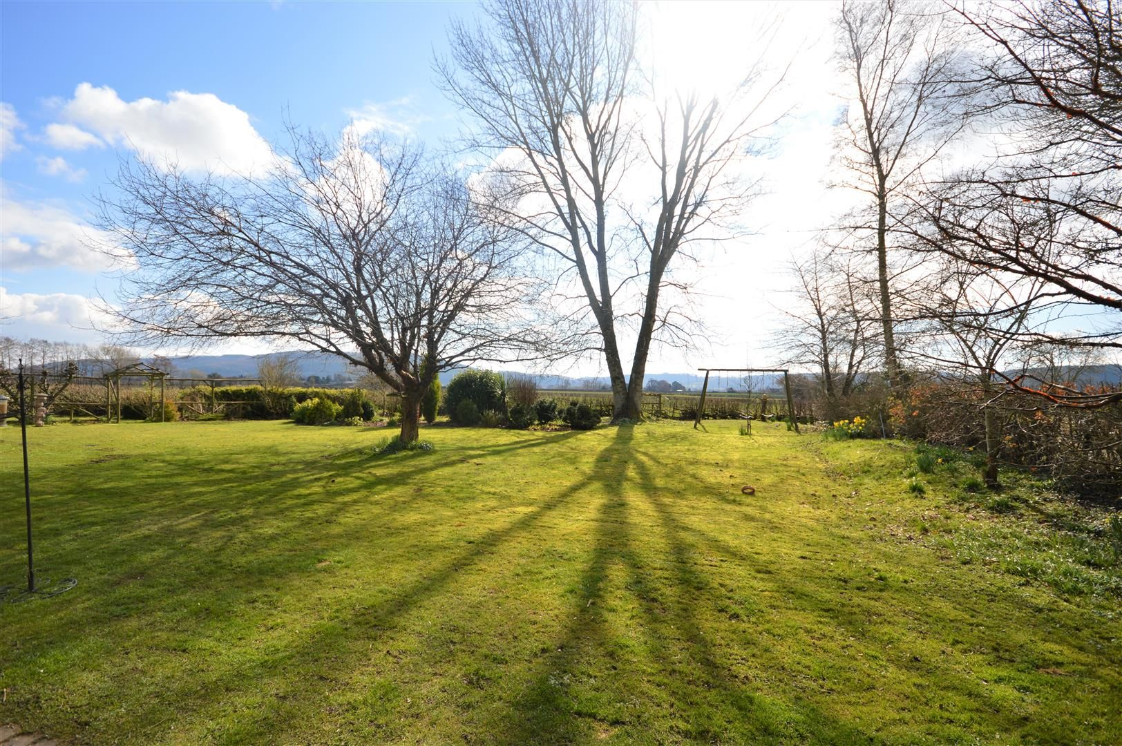 3 bed country house for sale in Stapleton 18