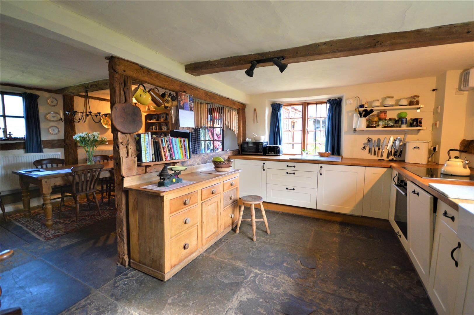 3 bed country house for sale in Stapleton  - Property Image 3