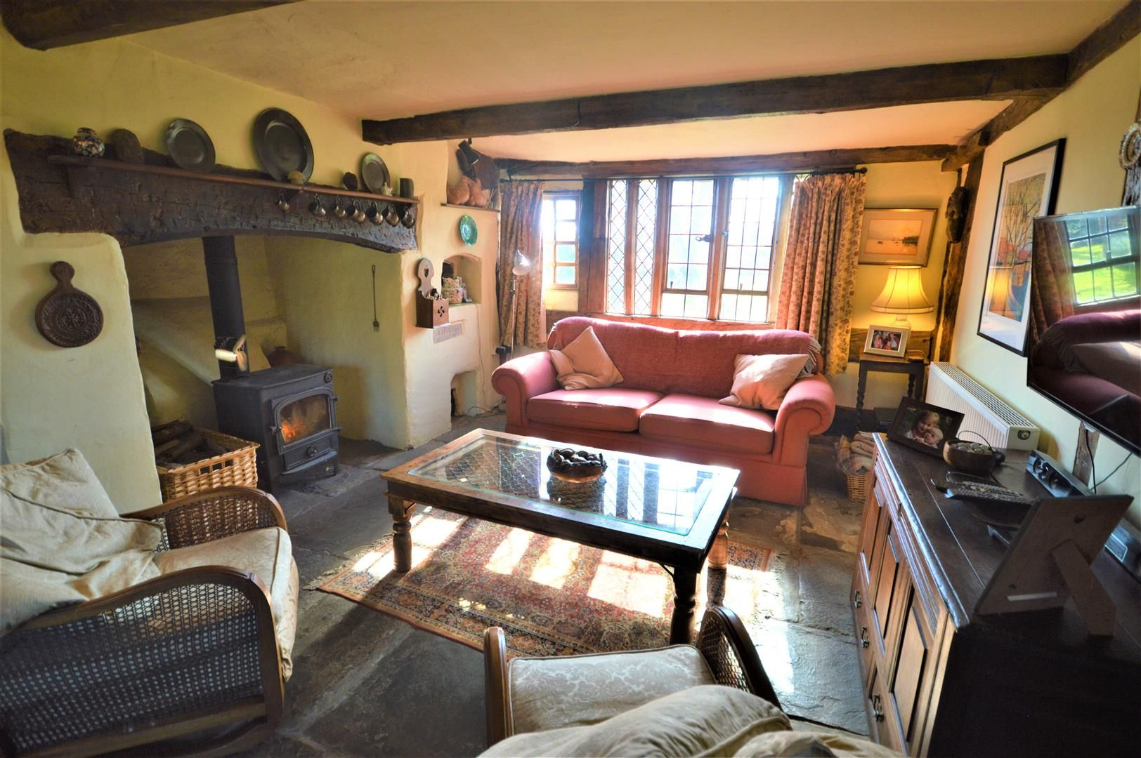 3 bed country house for sale in Stapleton 6