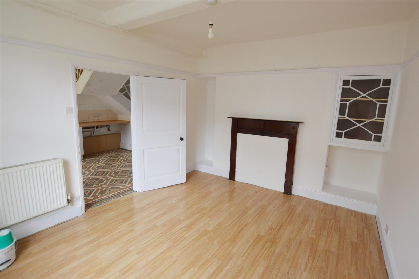 3 bed town-house for sale in Leominster 3