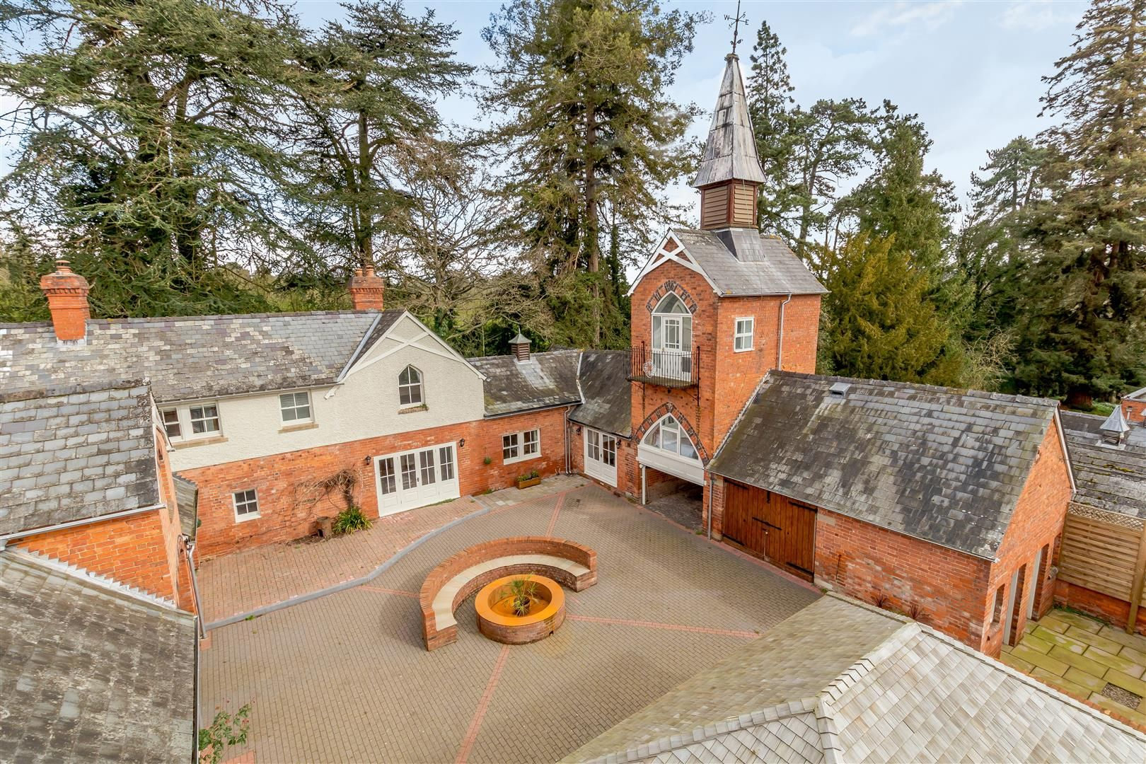 5 bed barn-conversion for sale in Putley 1