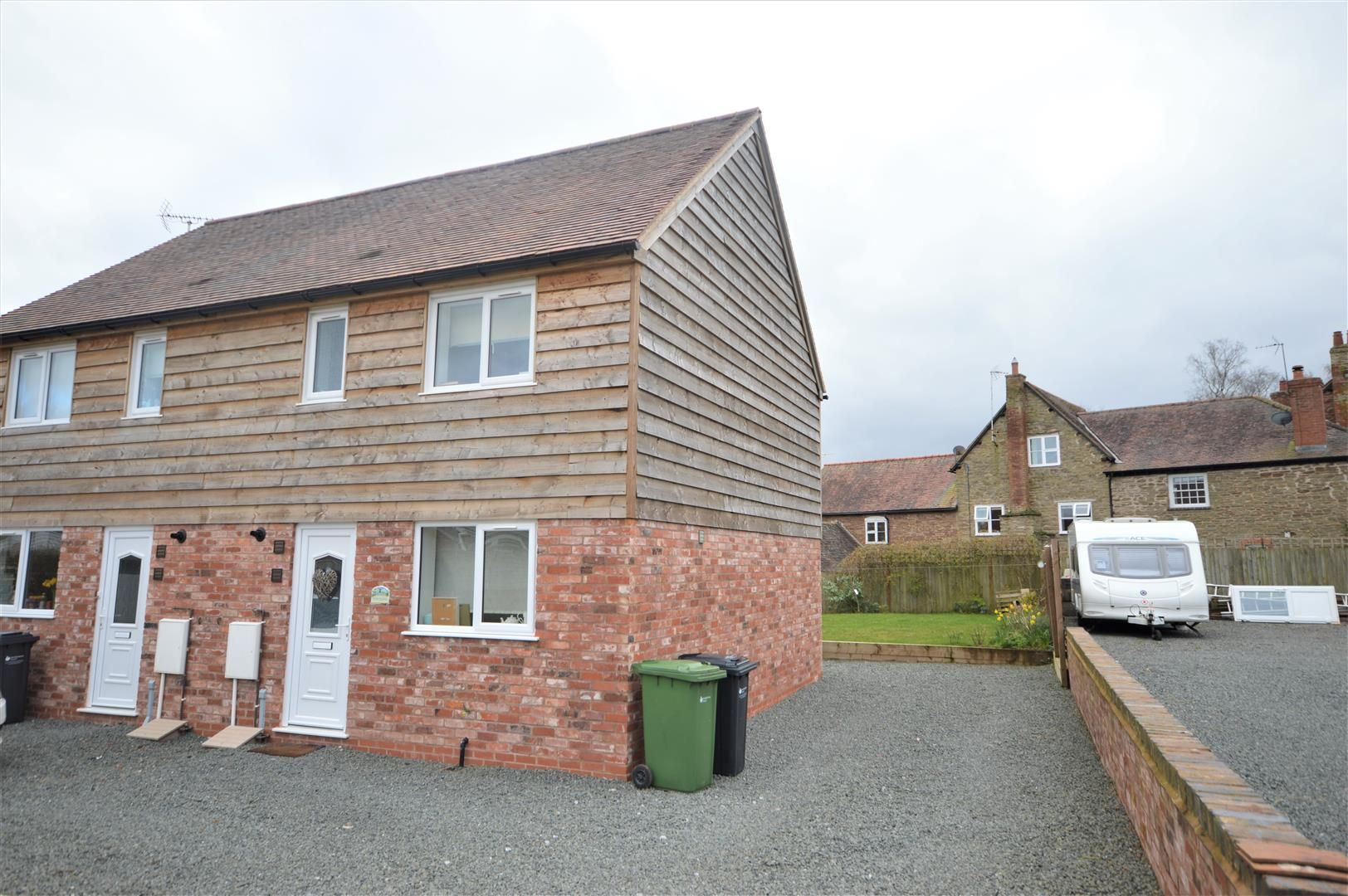 3 bed semi-detached for sale in Bromyard, HR7
