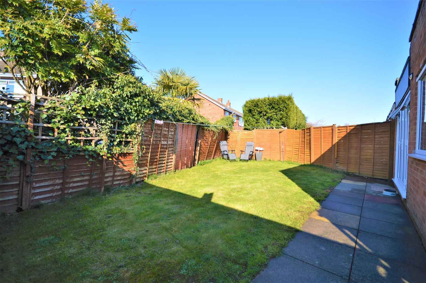 2 bed semi-detached-bungalow for sale in Marden 7