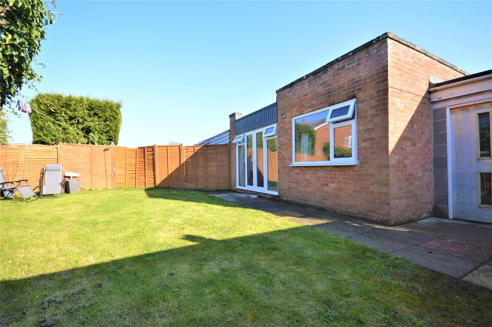 2 bed semi-detached-bungalow for sale in Marden 9