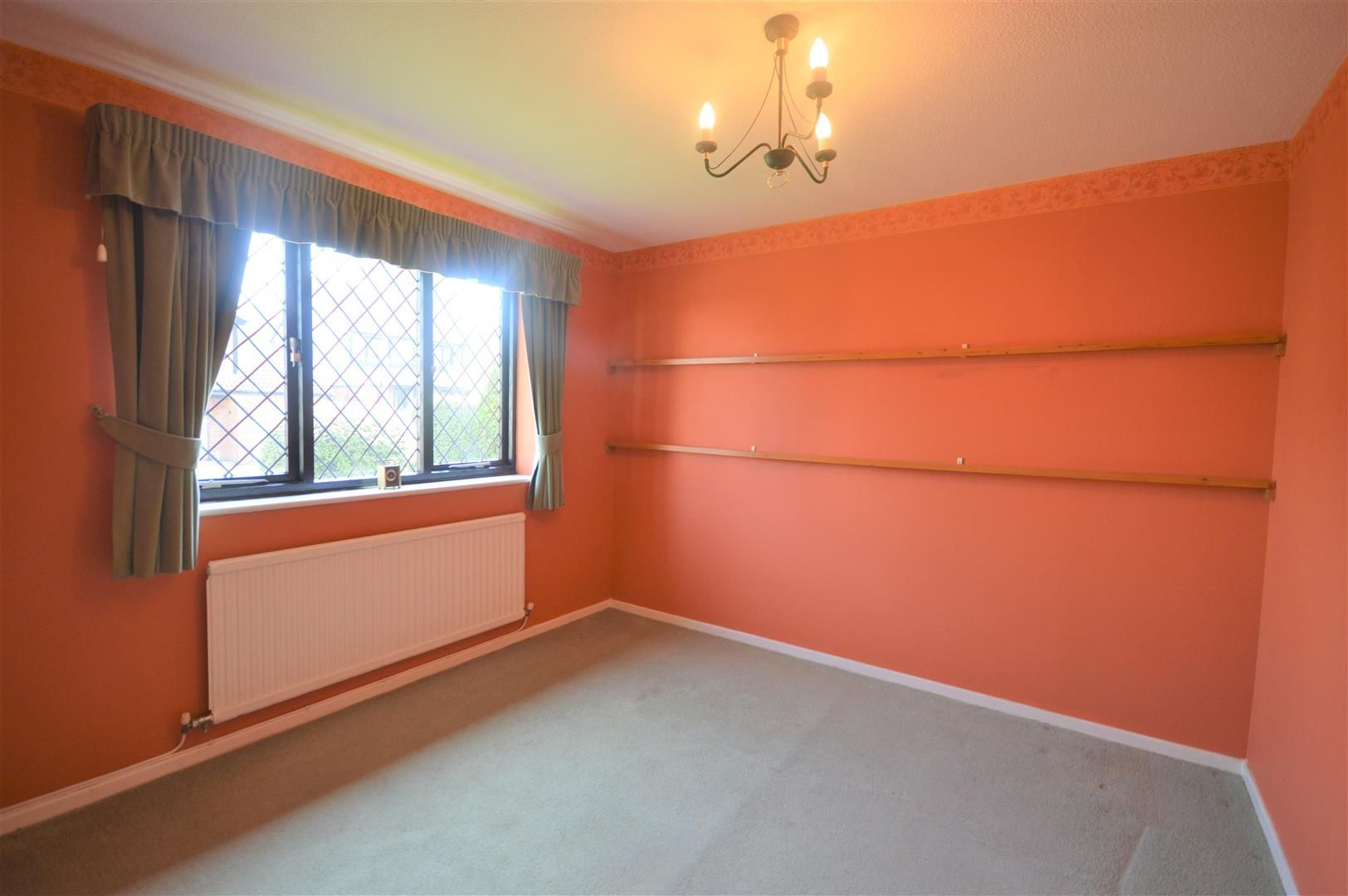 3 bed detached for sale in Leominster 4