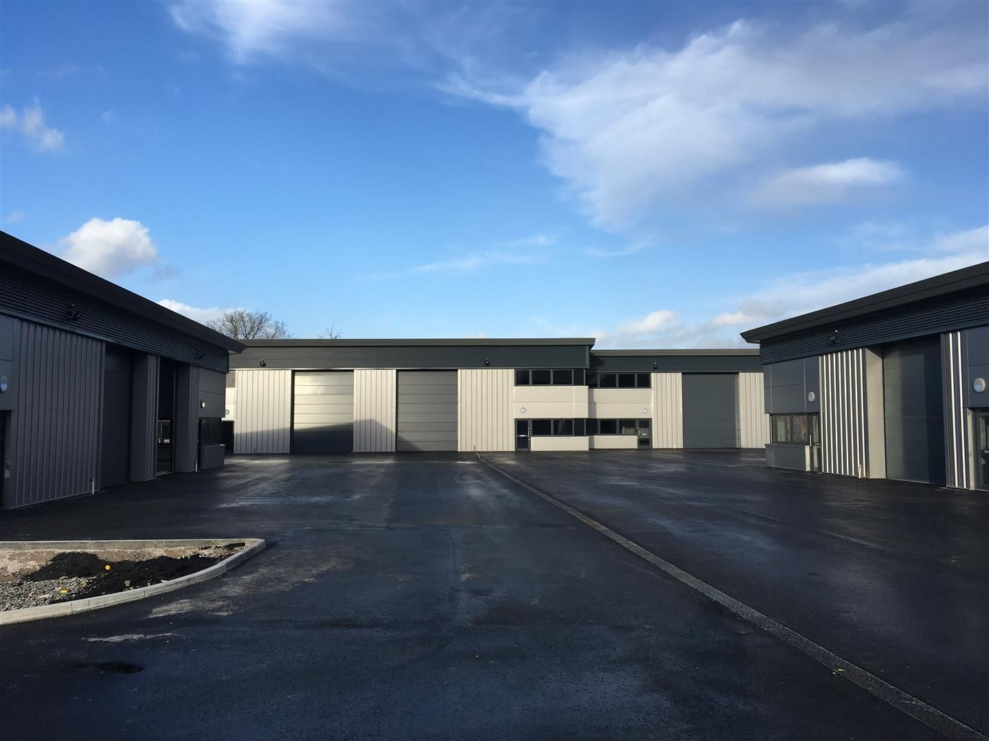 Warehouse for sale in Rotherwas 1