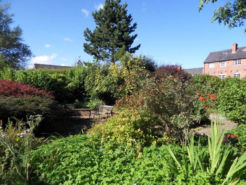 3 bed terraced for sale in Wellington 14