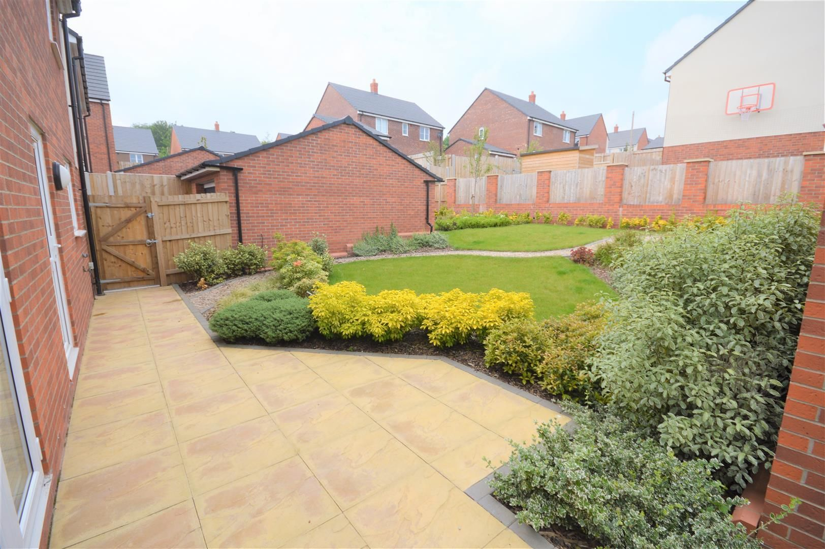 4 bed detached for sale in Bartestree 2