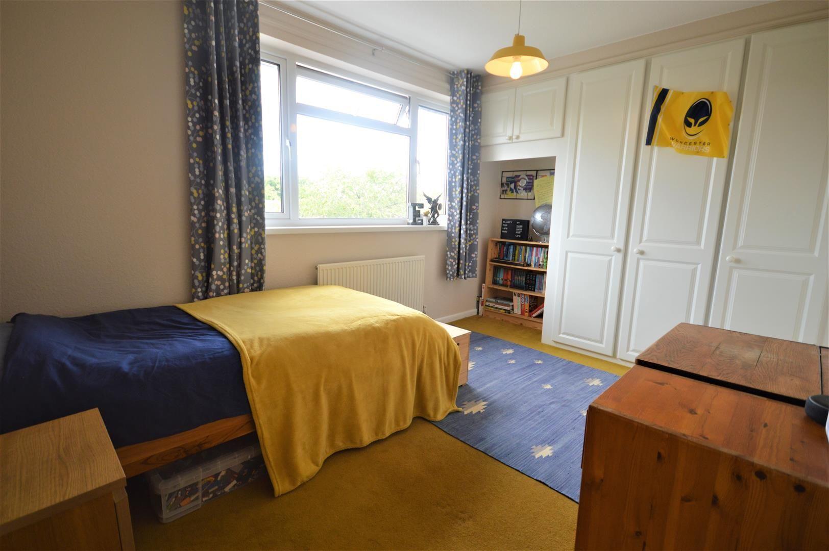 4 bed detached for sale in Bromyard 11