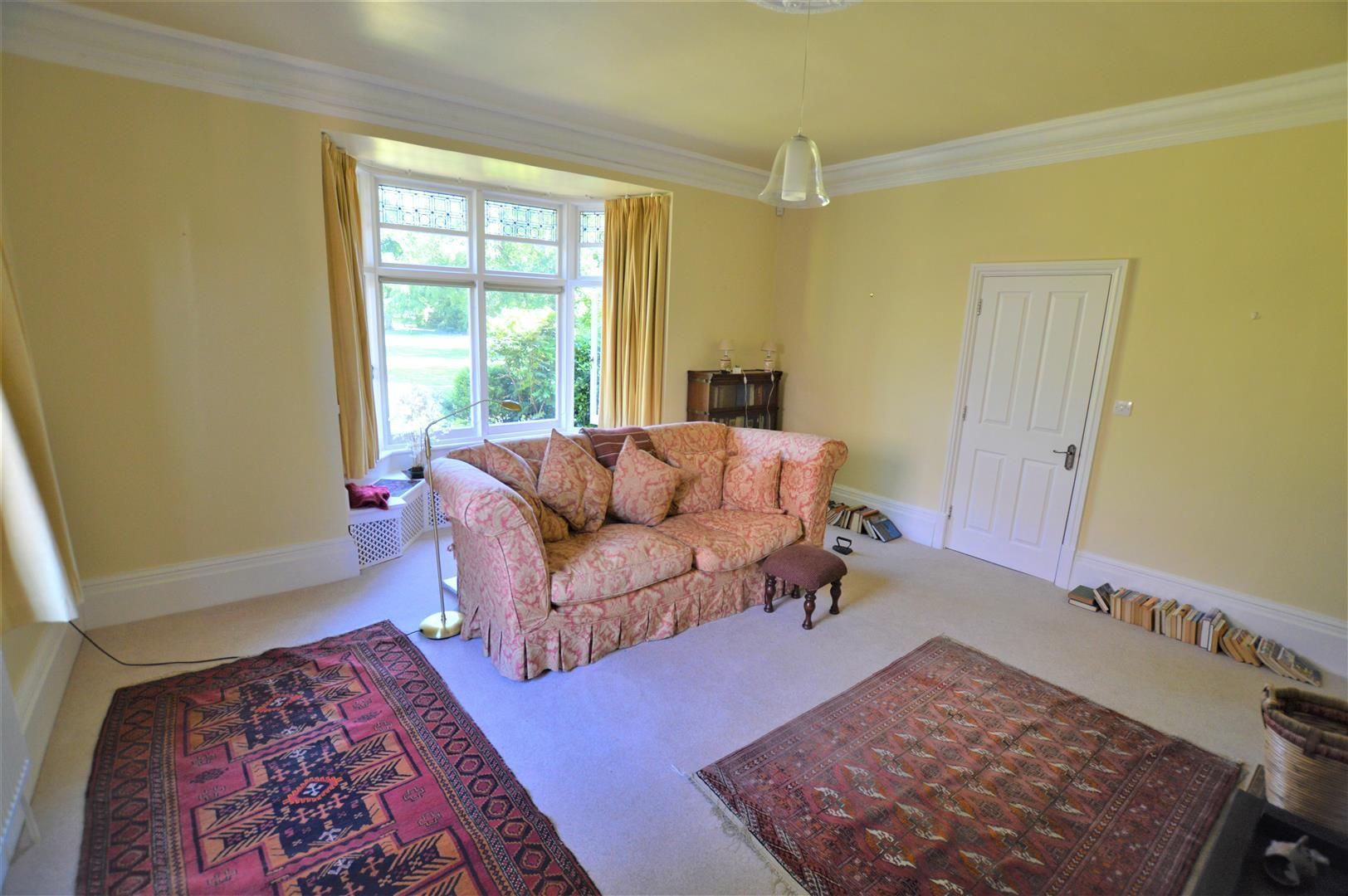 4 bed semi-detached for sale in Etnam Street, Leominster  - Property Image 5