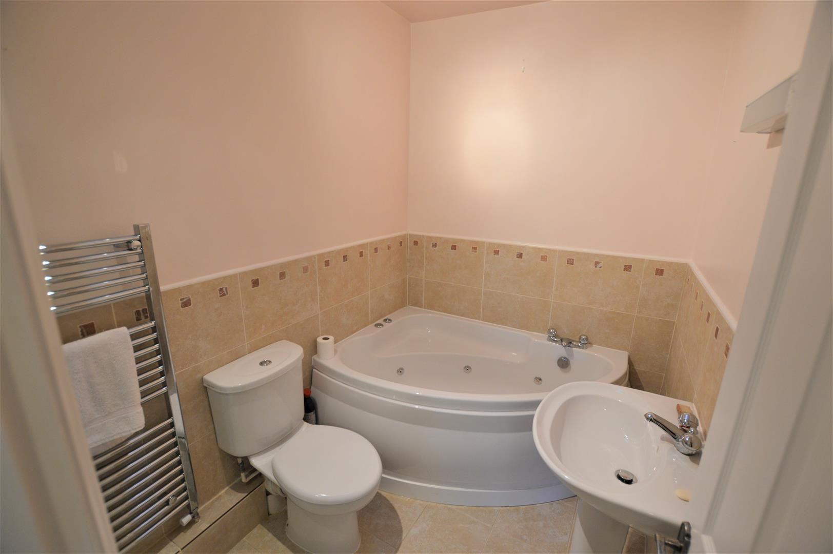 4 bed semi-detached for sale in Etnam Street, Leominster  - Property Image 9