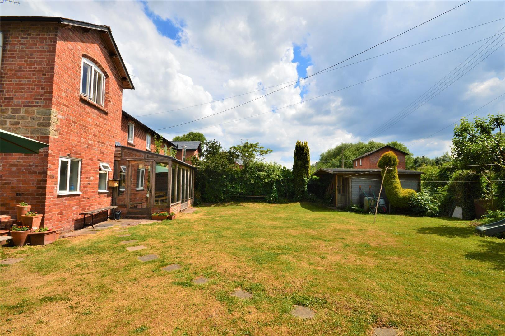 3 bed cottage for sale in Cross Keys - Property Image 1