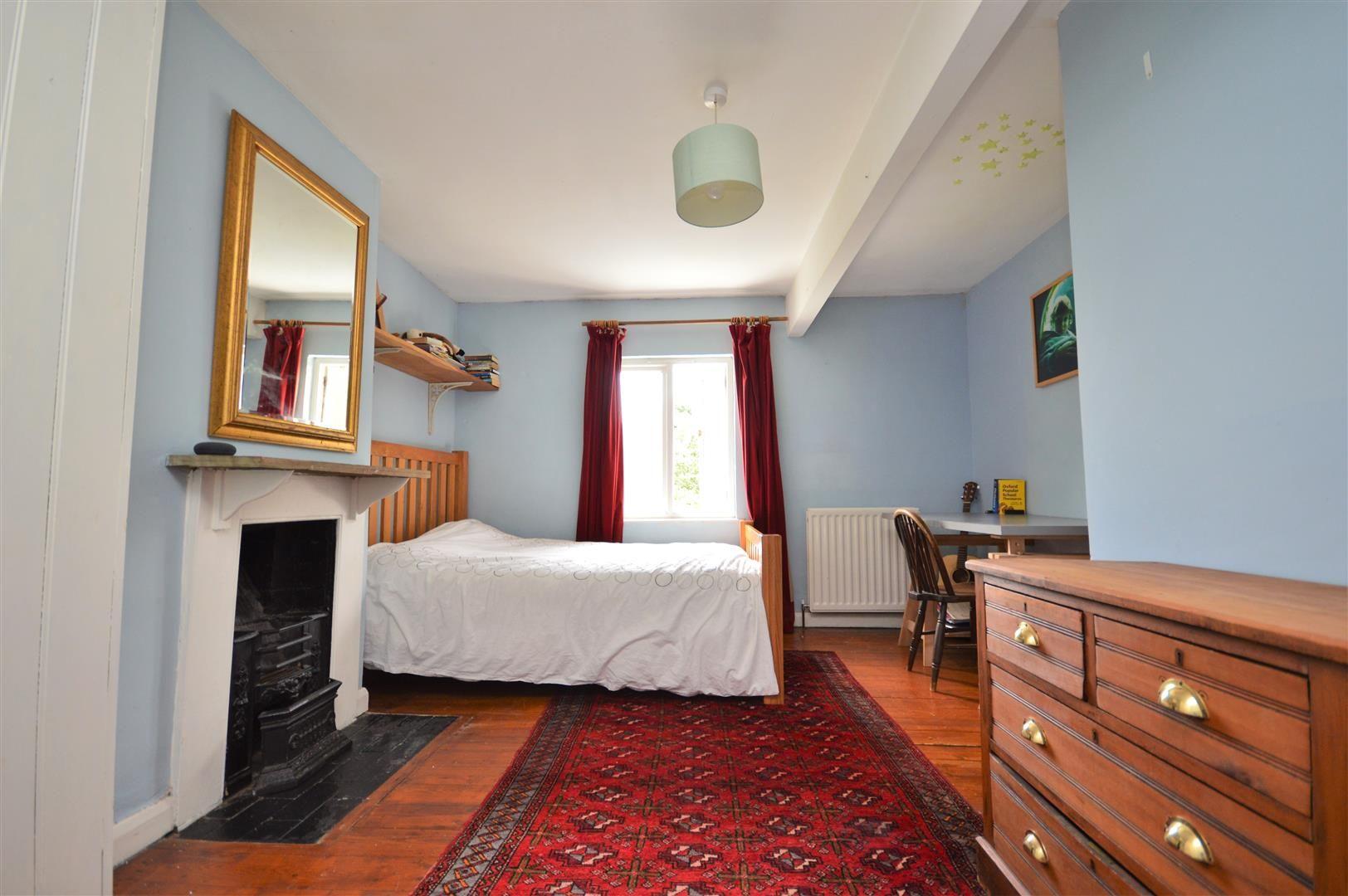 3 bed cottage for sale in Cross Keys  - Property Image 12