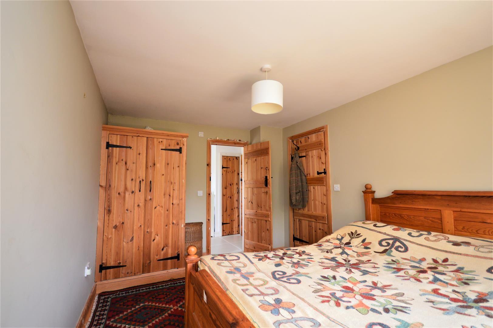 3 bed cottage for sale in Cross Keys  - Property Image 13