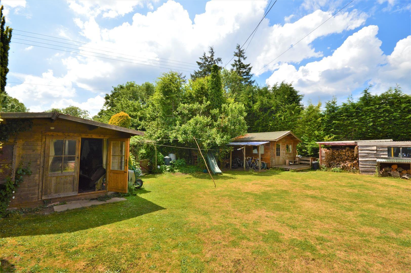 3 bed cottage for sale in Cross Keys  - Property Image 15