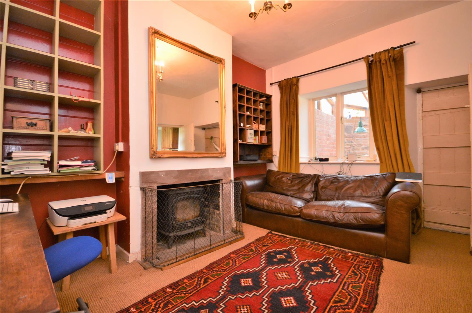 3 bed cottage for sale in Cross Keys  - Property Image 19