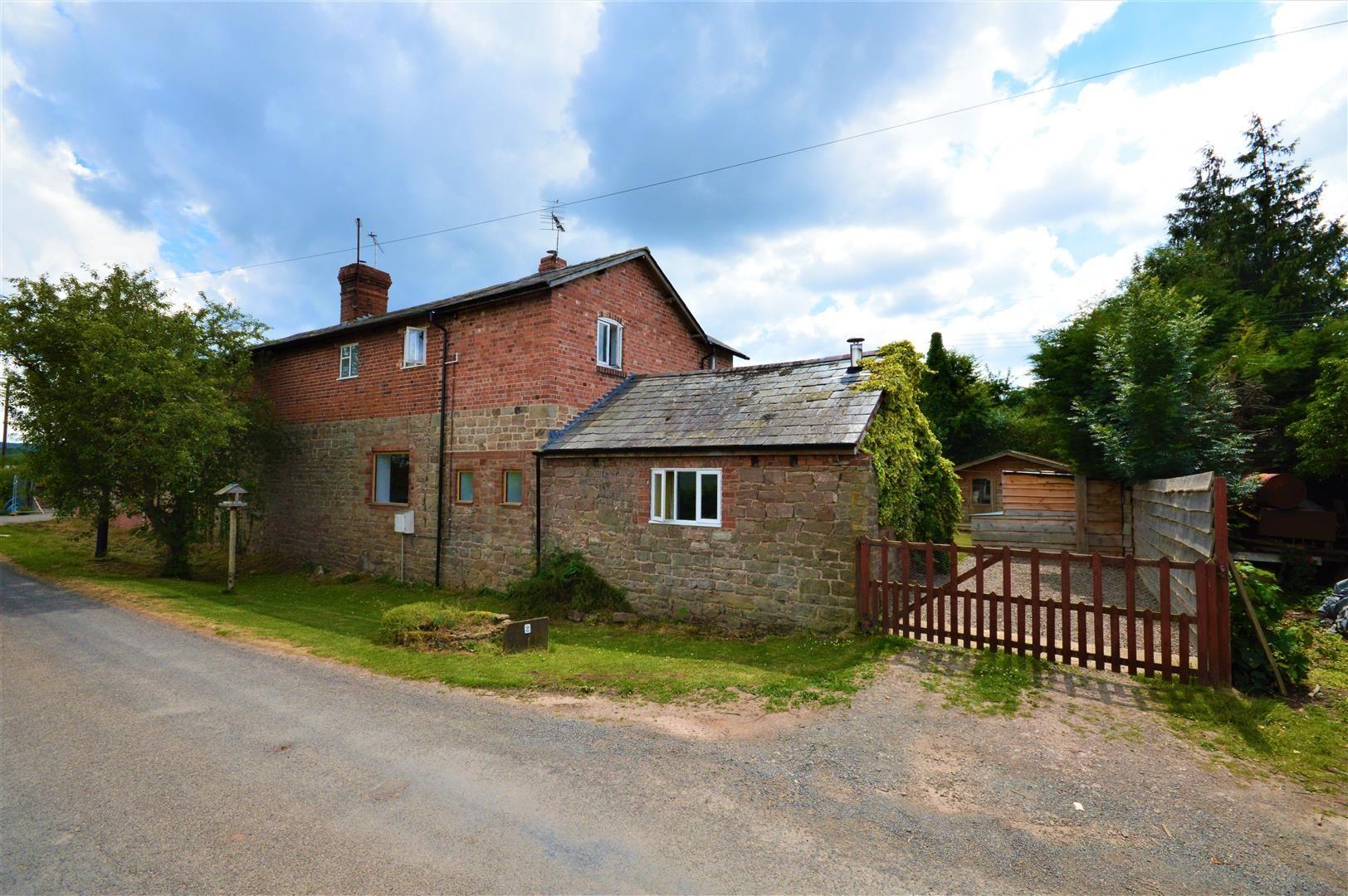 3 bed cottage for sale in Cross Keys 5