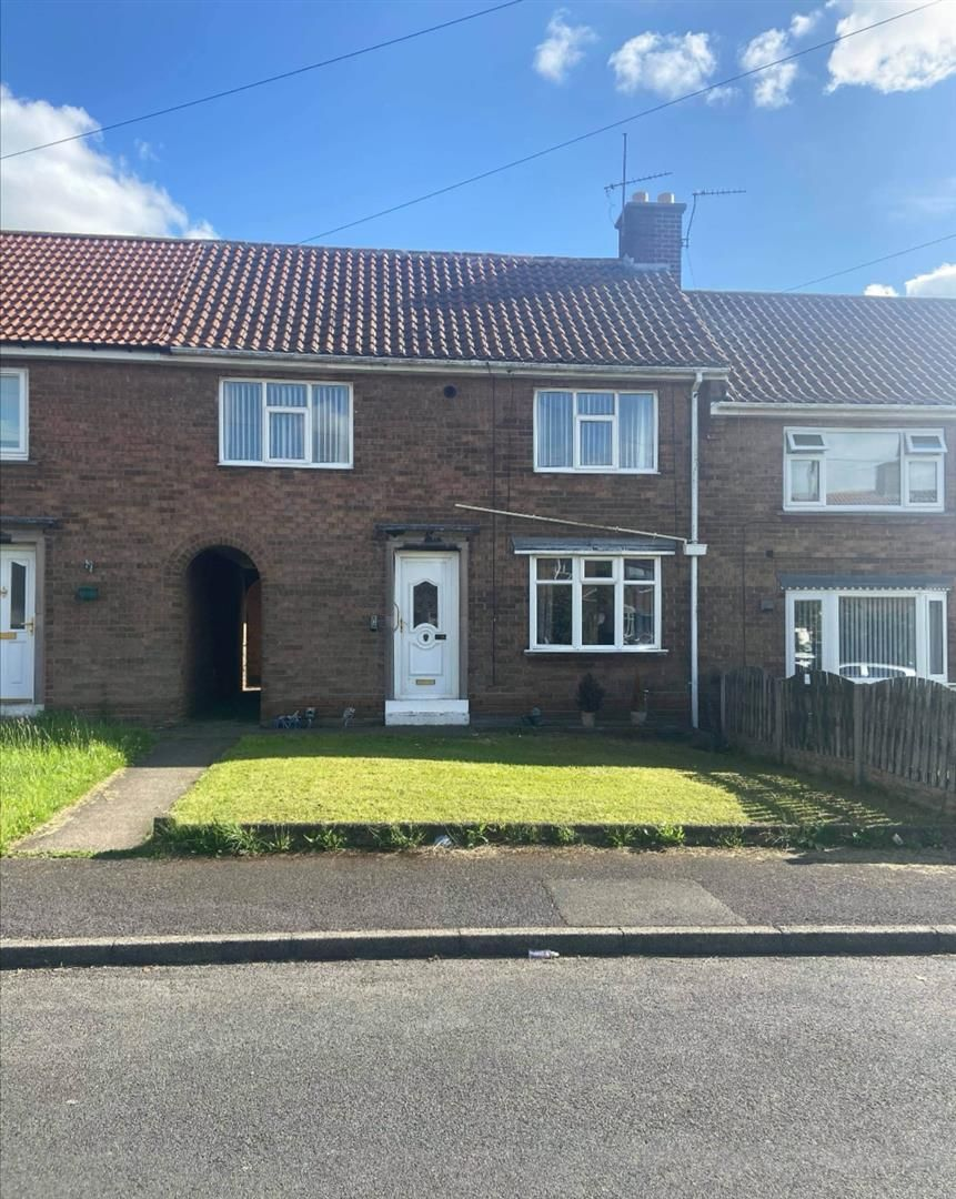 3 bed terraced for sale in Dinnington, S25