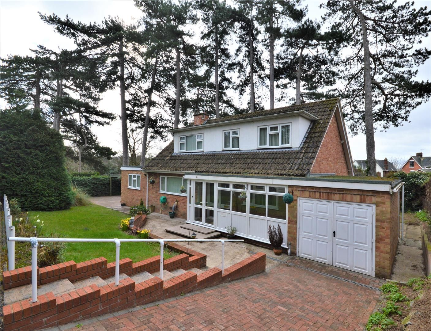 4 bed detached for sale 16