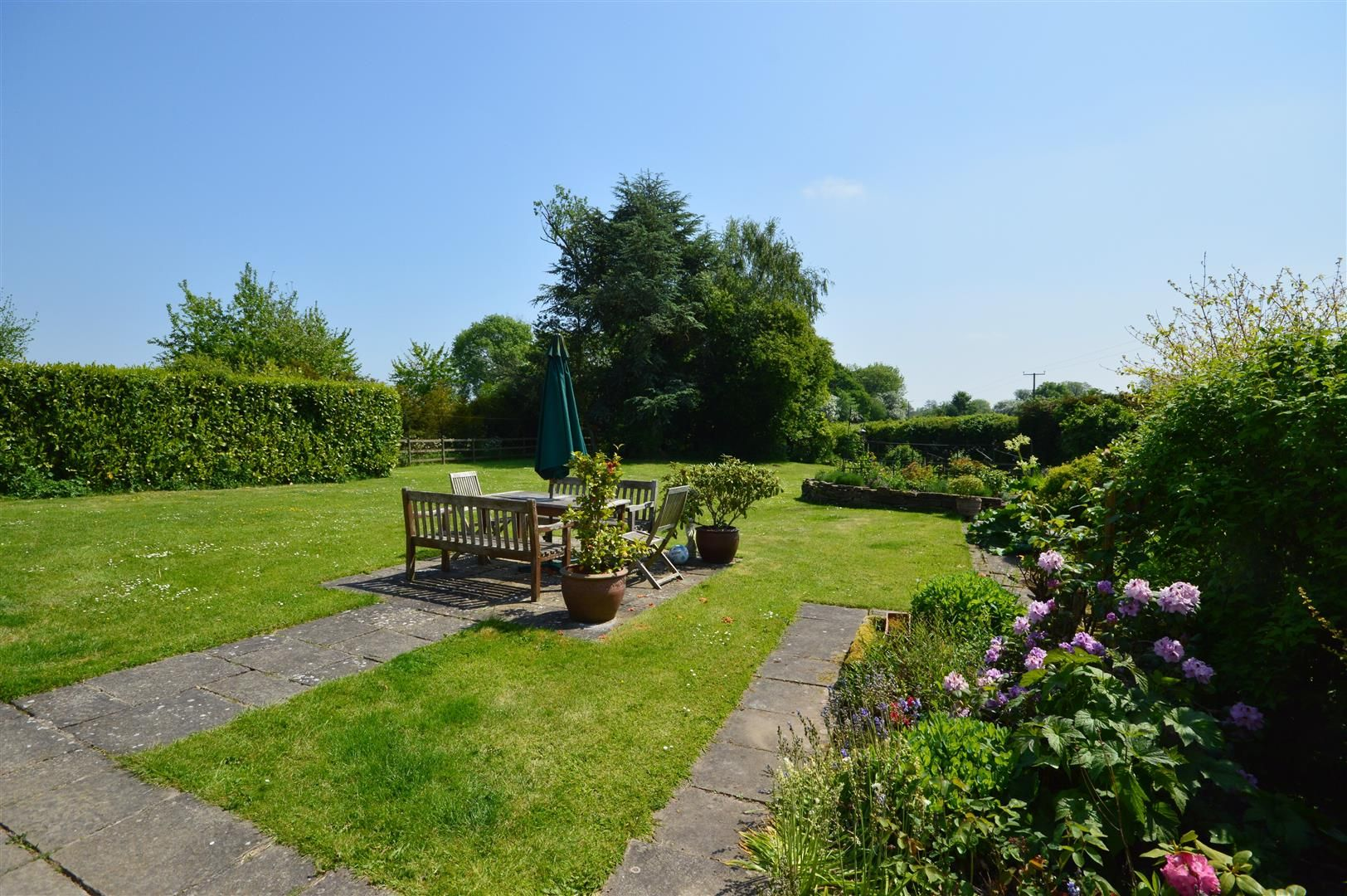 5 bed detached for sale in Marston 14
