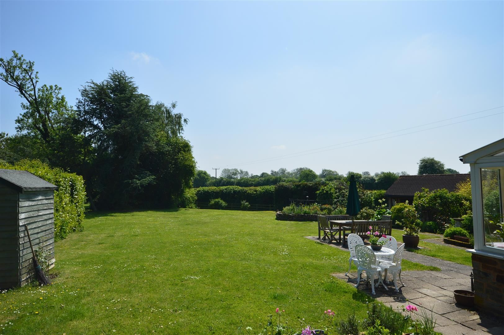 5 bed detached for sale in Marston 15