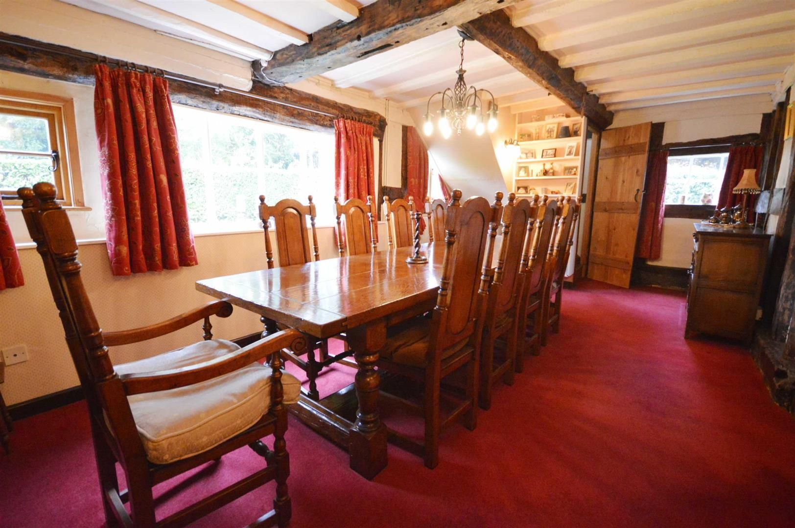 5 bed detached for sale in Marston  - Property Image 3