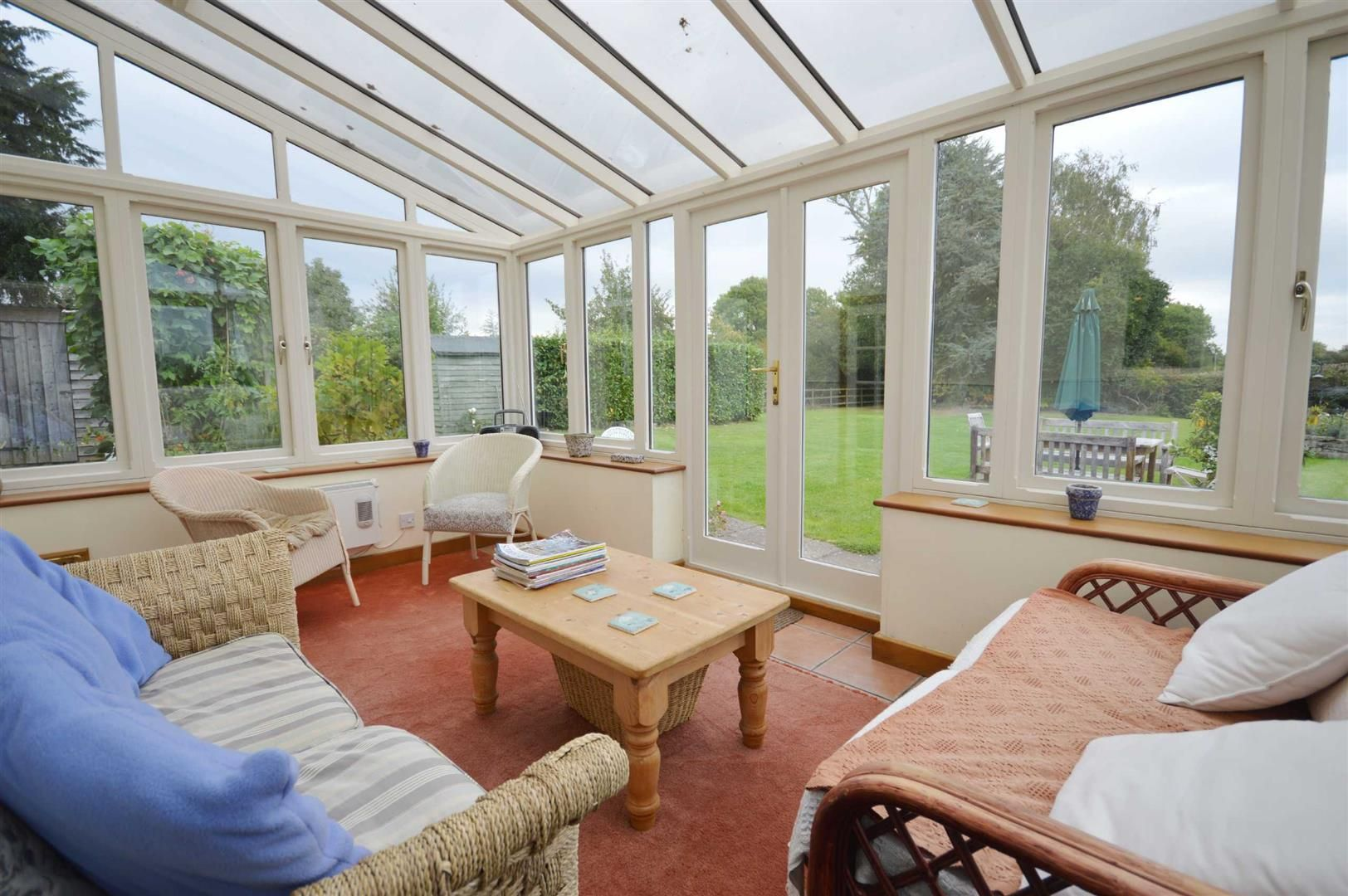 5 bed detached for sale in Marston 5