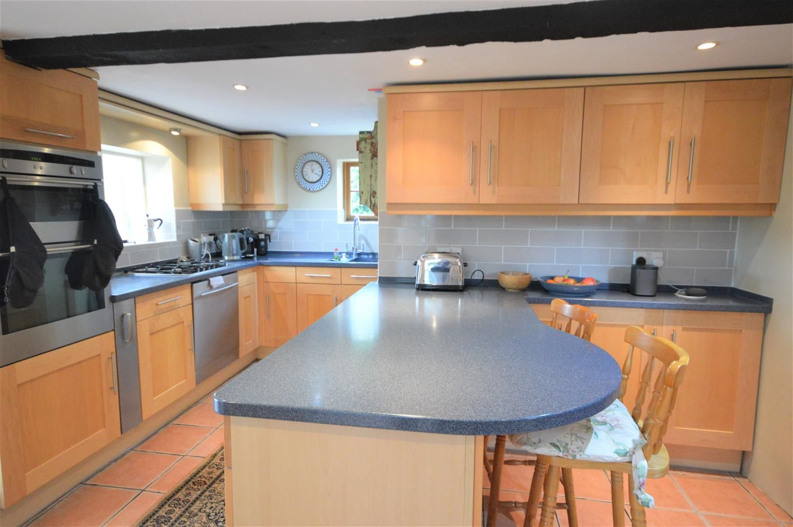 5 bed detached for sale in Marston 6