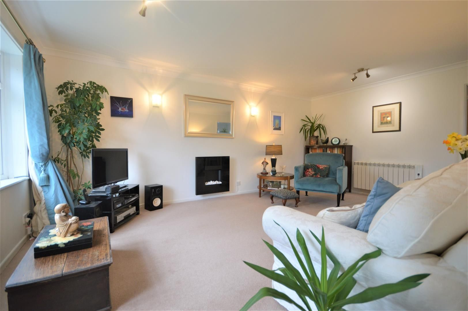 2 bed detached bungalow for sale in Bodenham 3