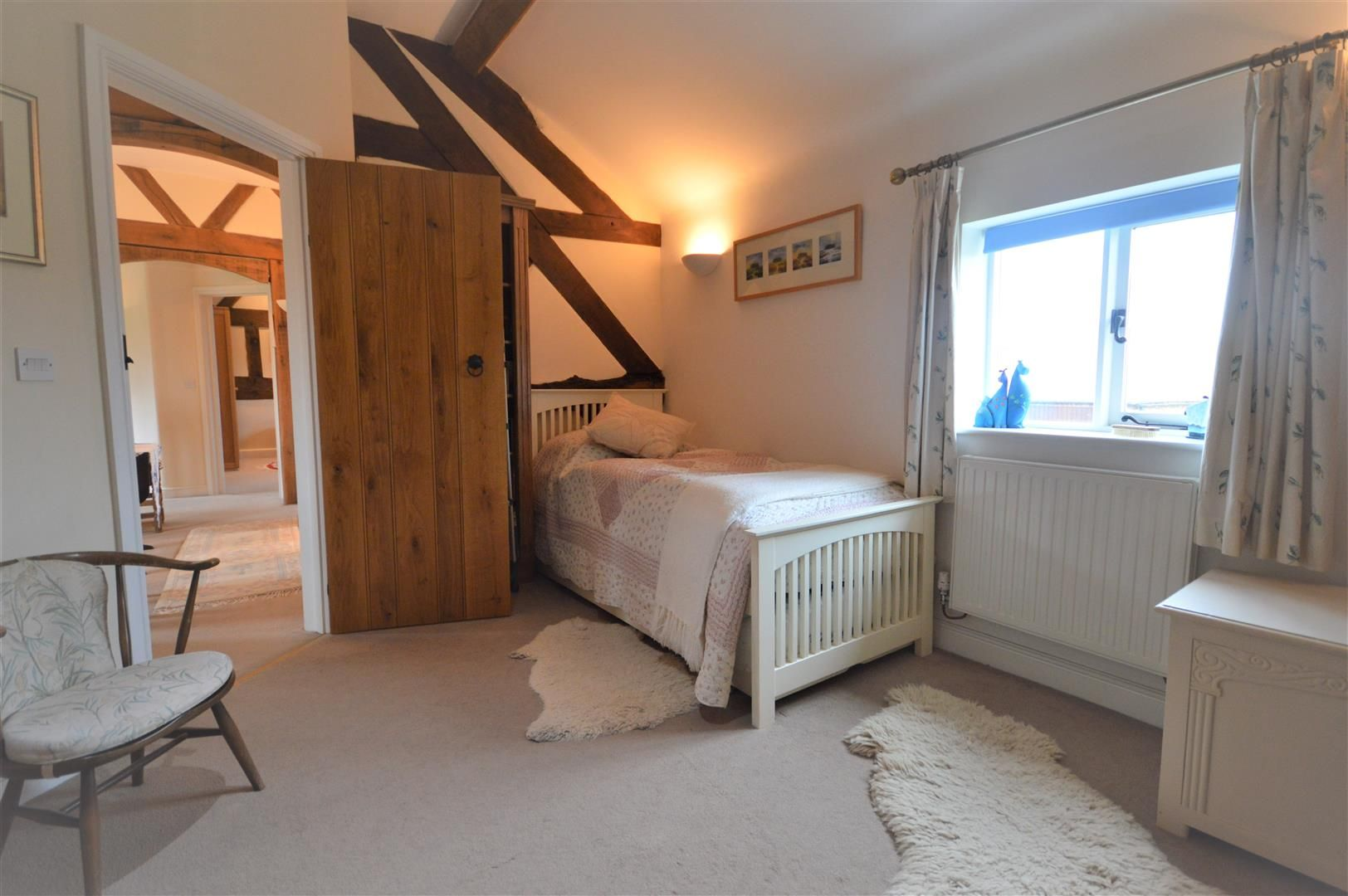 4 bed barn conversion for sale in Kingsland 11
