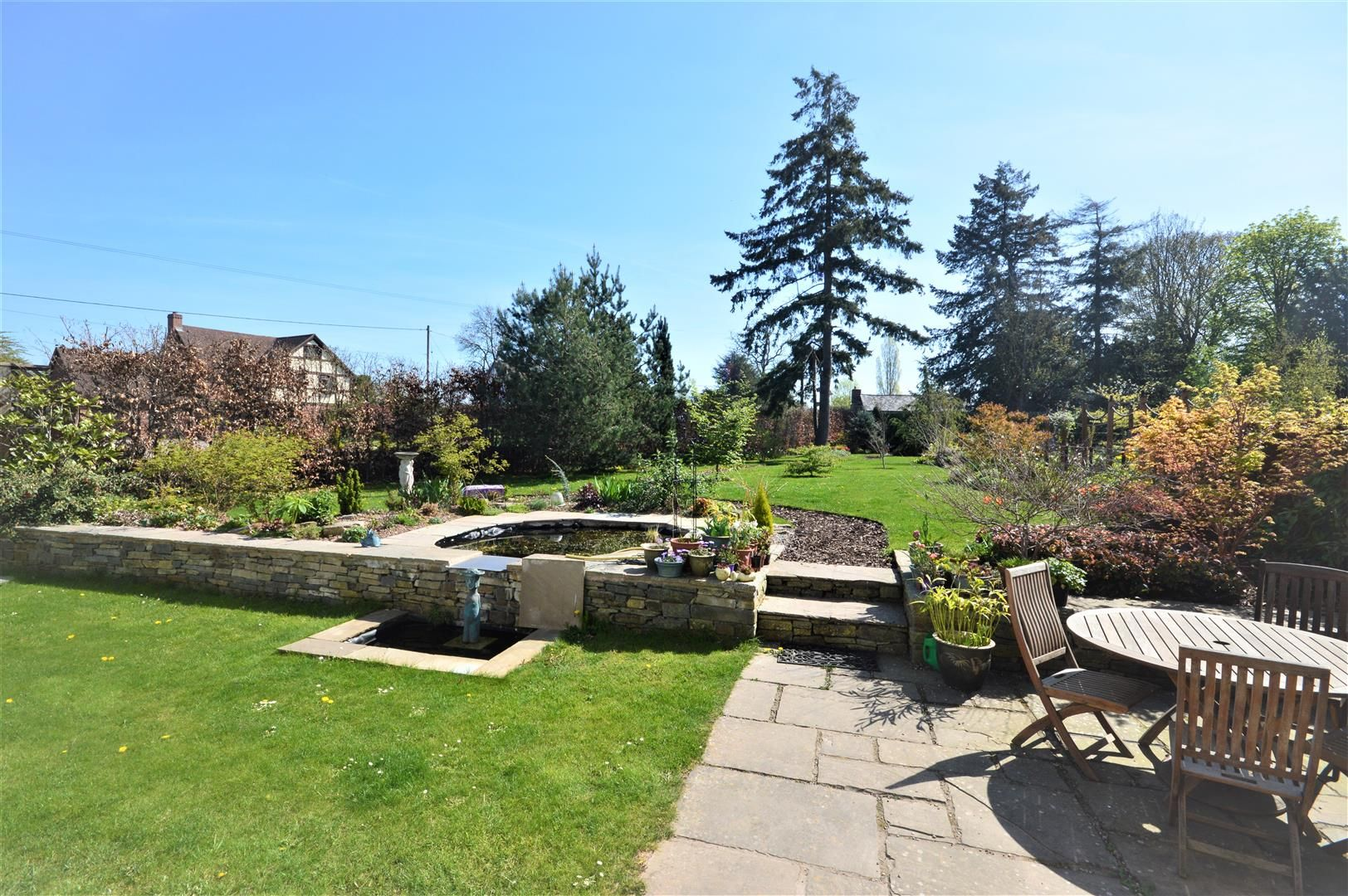 4 bed barn conversion for sale in Kingsland 13