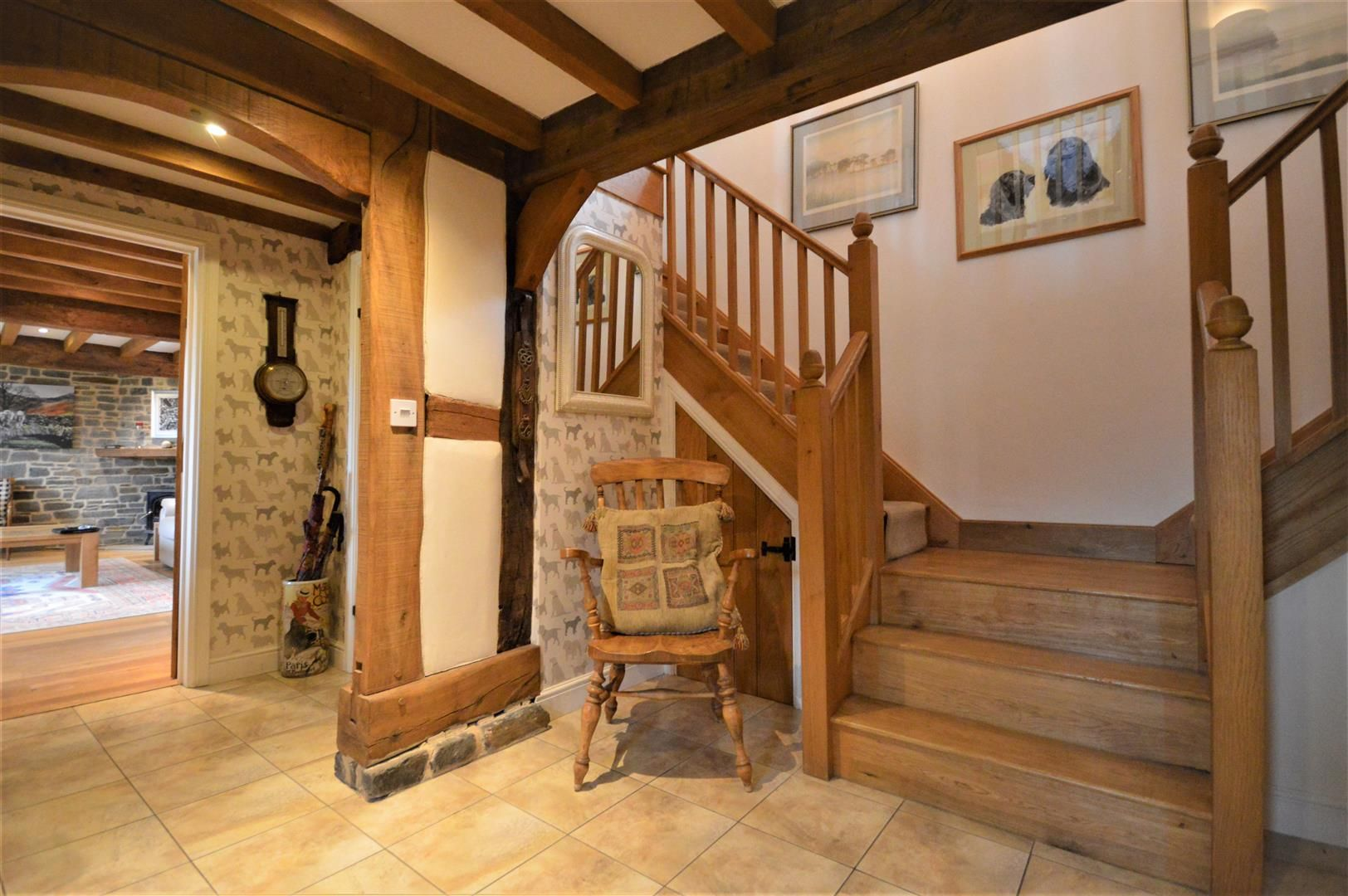 4 bed barn conversion for sale in Kingsland 7