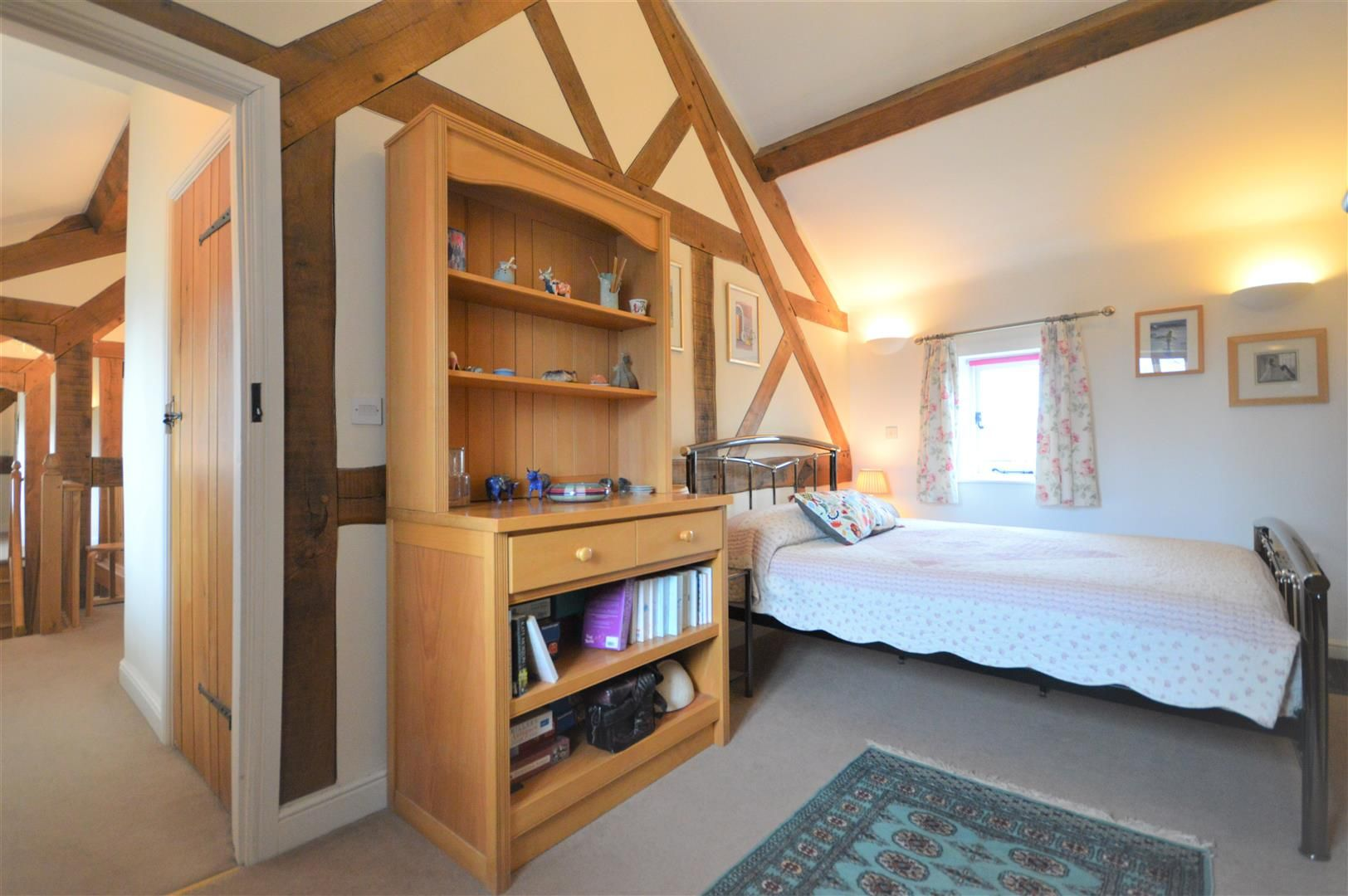 4 bed barn conversion for sale in Kingsland 10