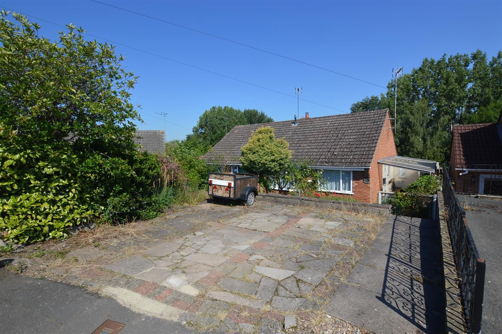 2 bed semi-detached bungalow for sale in Leominster 13