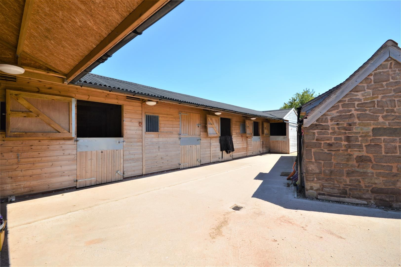 3 bed detached for sale in Canon Frome  - Property Image 2