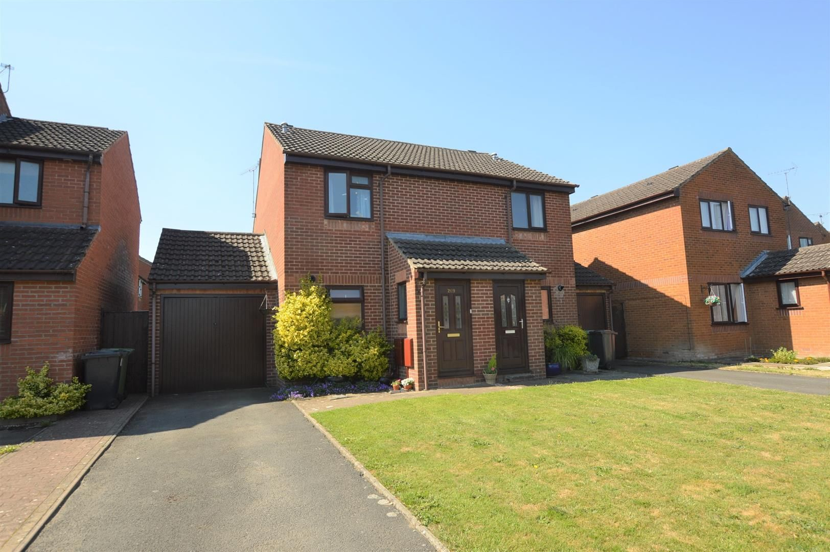 2 bed semi-detached for sale in Leominster 1
