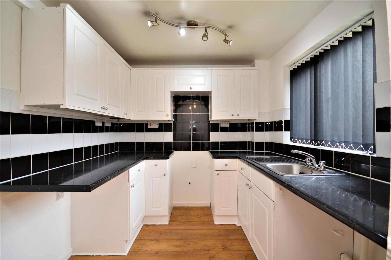 2 bed end-of-terrace for sale in Belmont  - Property Image 2