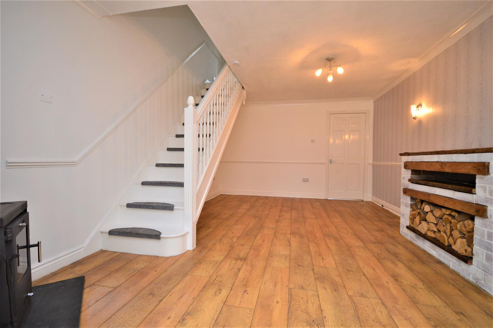 2 bed end-of-terrace for sale in Belmont  - Property Image 3