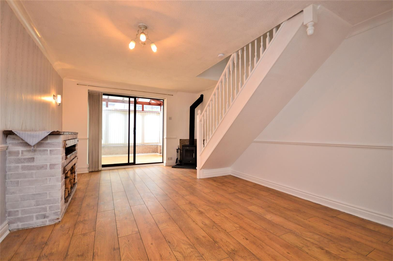 2 bed end-of-terrace for sale in Belmont  - Property Image 4