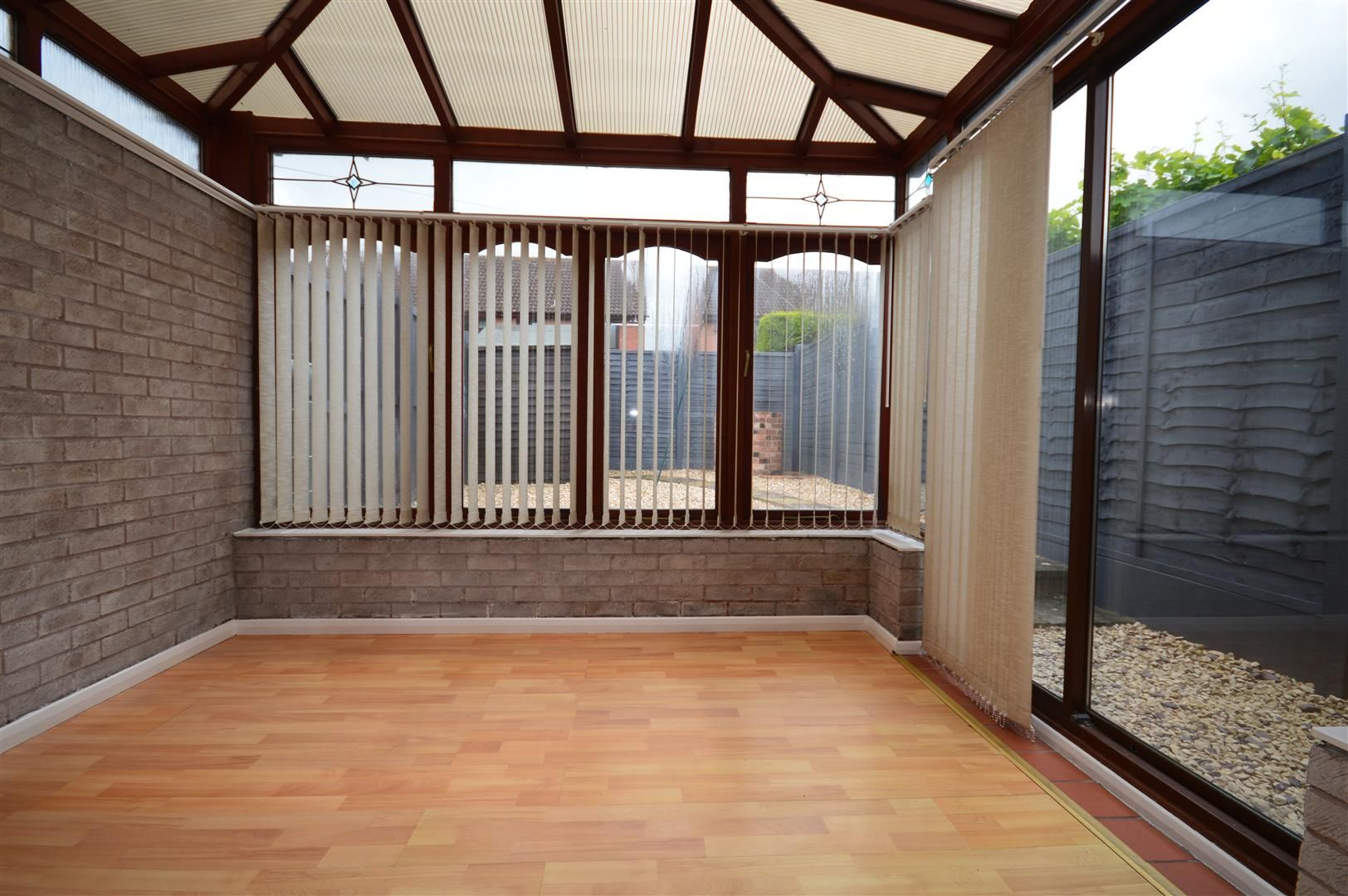 2 bed end-of-terrace for sale in Belmont  - Property Image 5