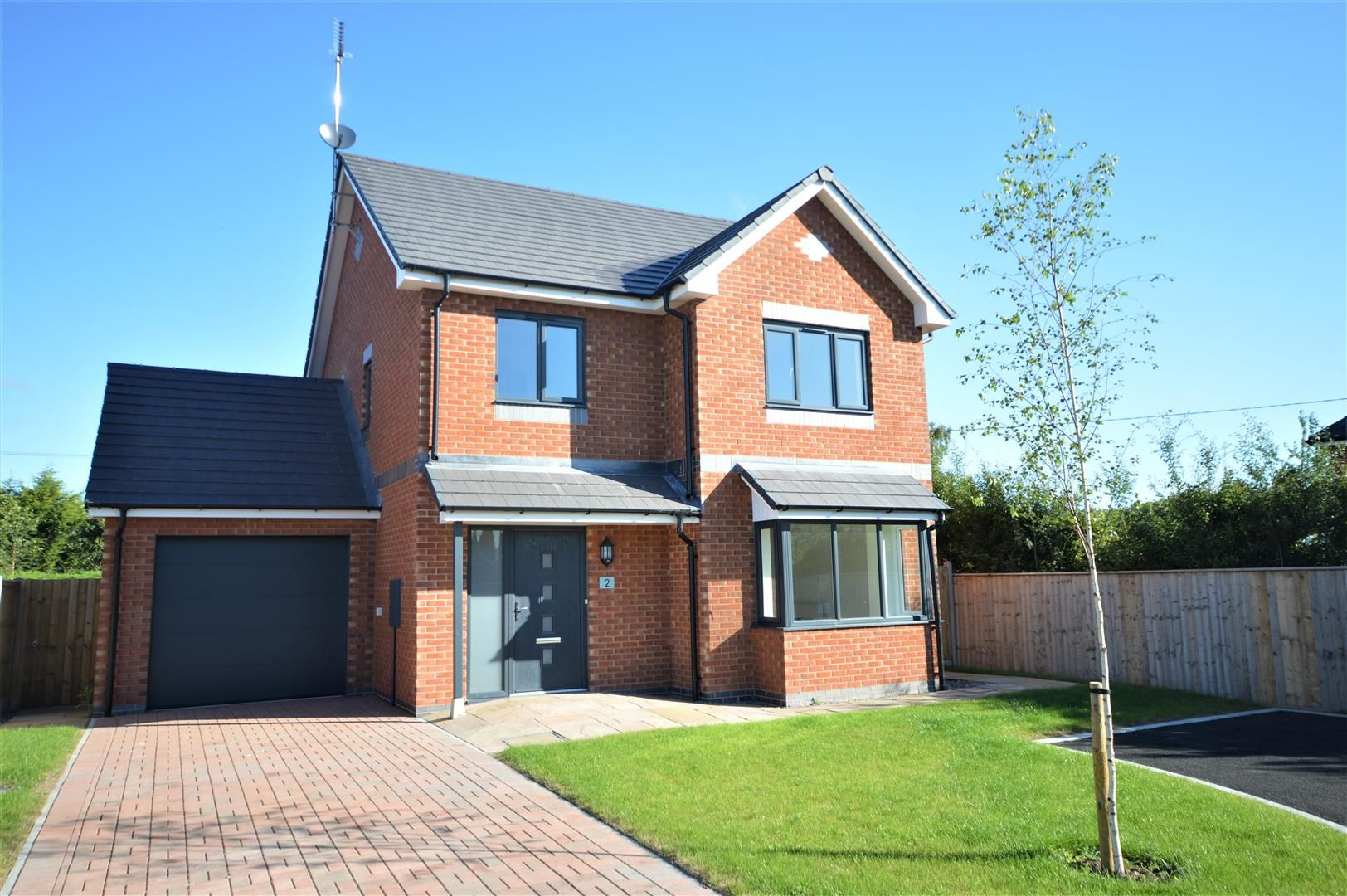 3 bed detached for sale in Kingsland, HR6