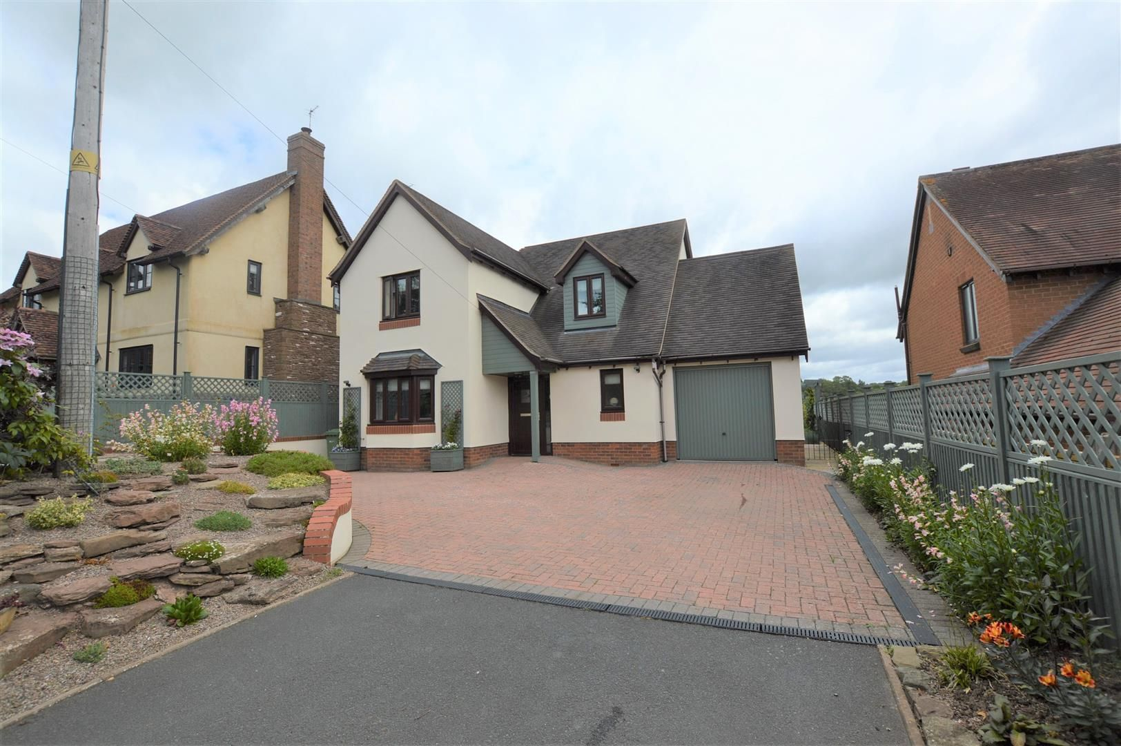 3 bed detached for sale in Kimbolton, HR6
