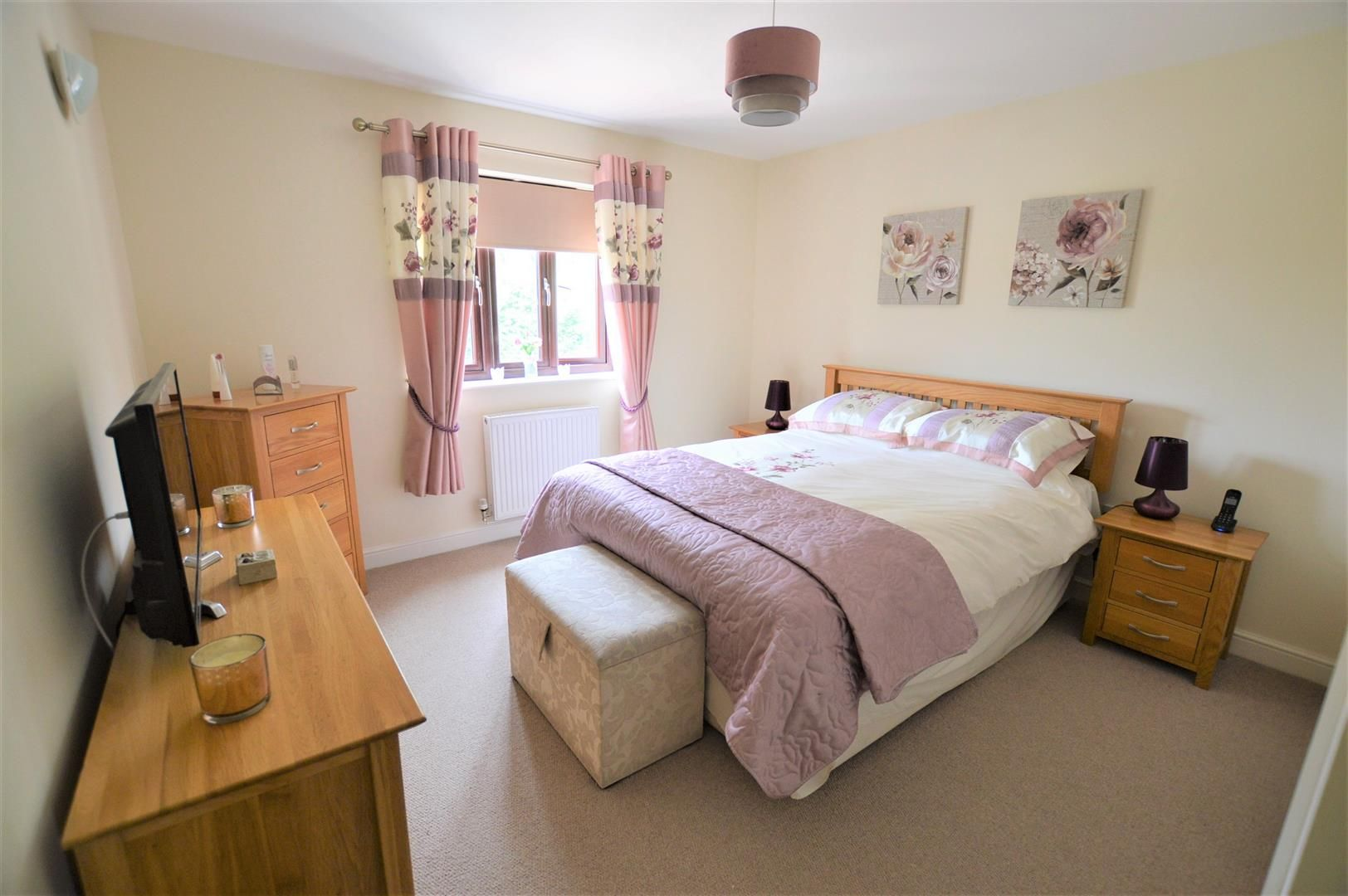 3 bed detached for sale in Kimbolton 9