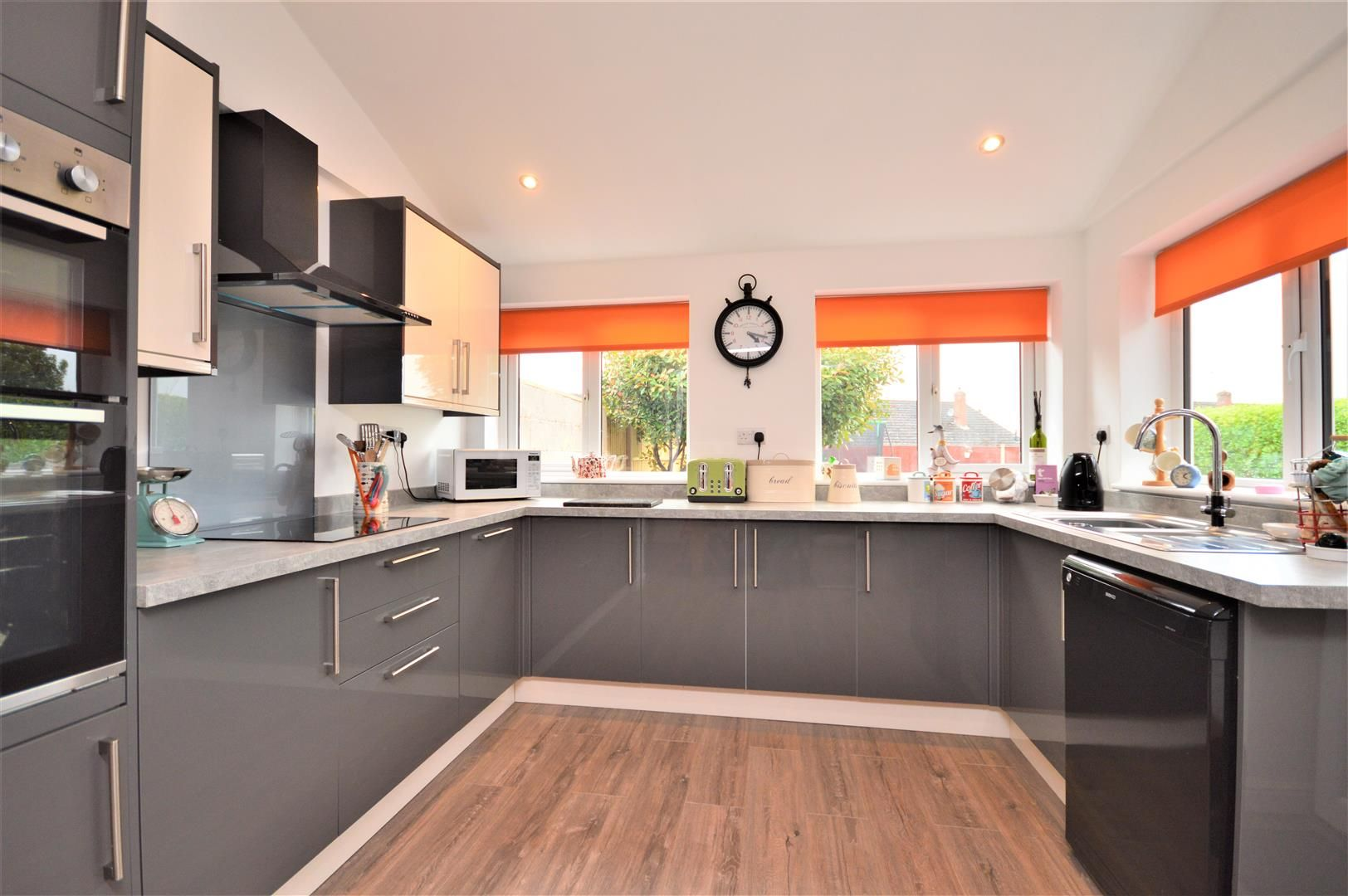 4 bed semi-detached for sale in Clehonger 5