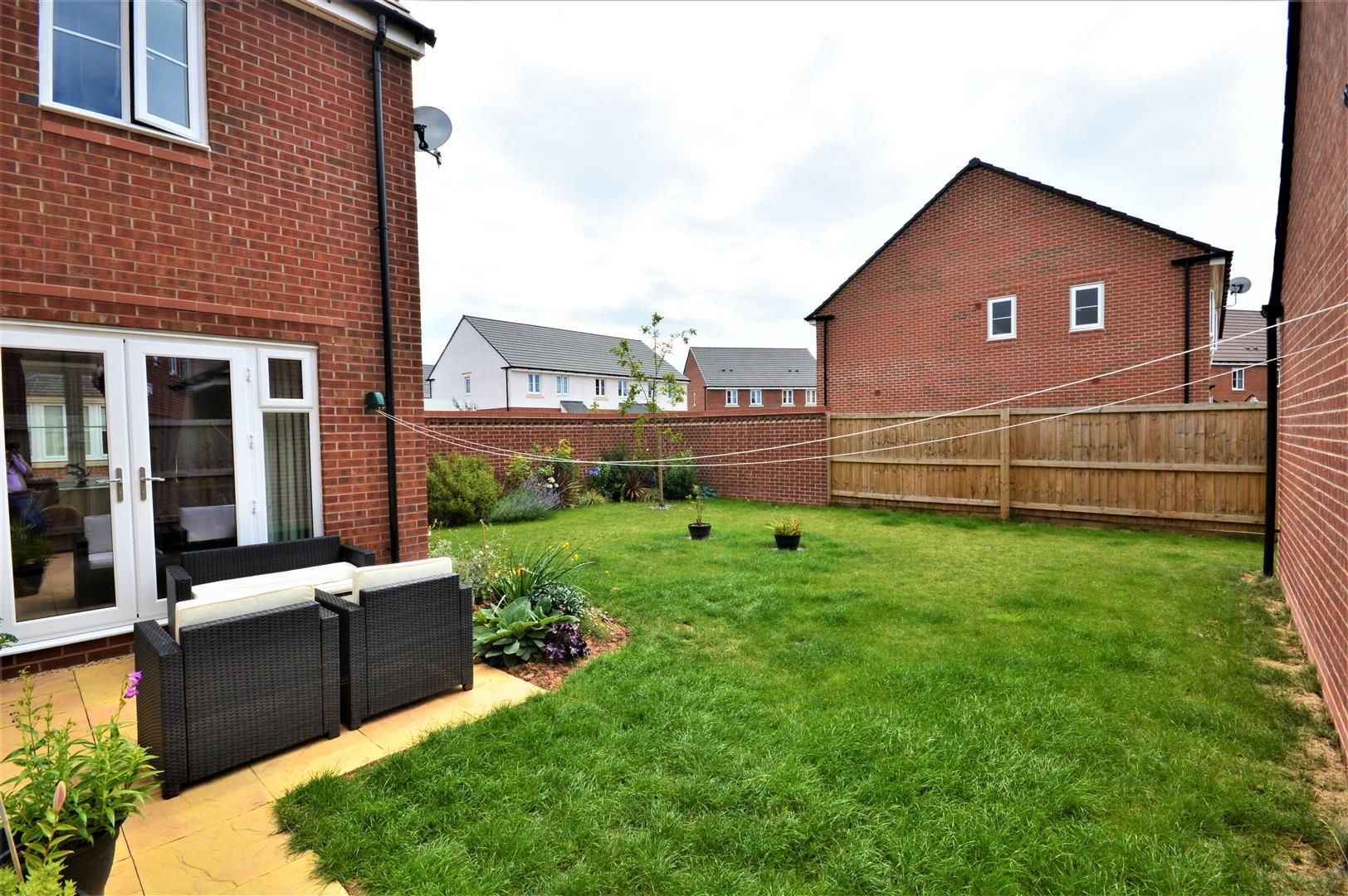 4 bed detached for sale in Whitestone 16